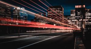 De snelheid van het 5G netwerk weergegeven door de stad